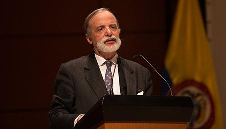 Palabras del Dr. Diego Pizano, miembro permanente del Consejo Superior de la Universidad de los Andes, en la Ceremonia de grados de la Facultad de Medicina 2018-1.