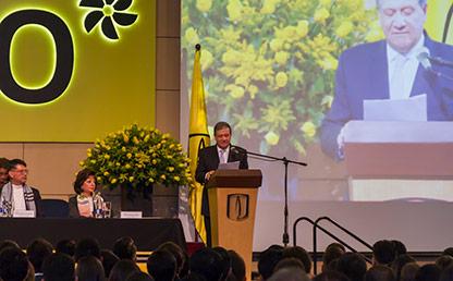 Pablo Navas, rector de la Universidad de los Andes ofreciendo discurso.