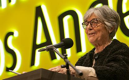 Foto de Hebe María Cristina Vessuri, oradora invitada a la ceremonia de grados de pregrado 2019-2.