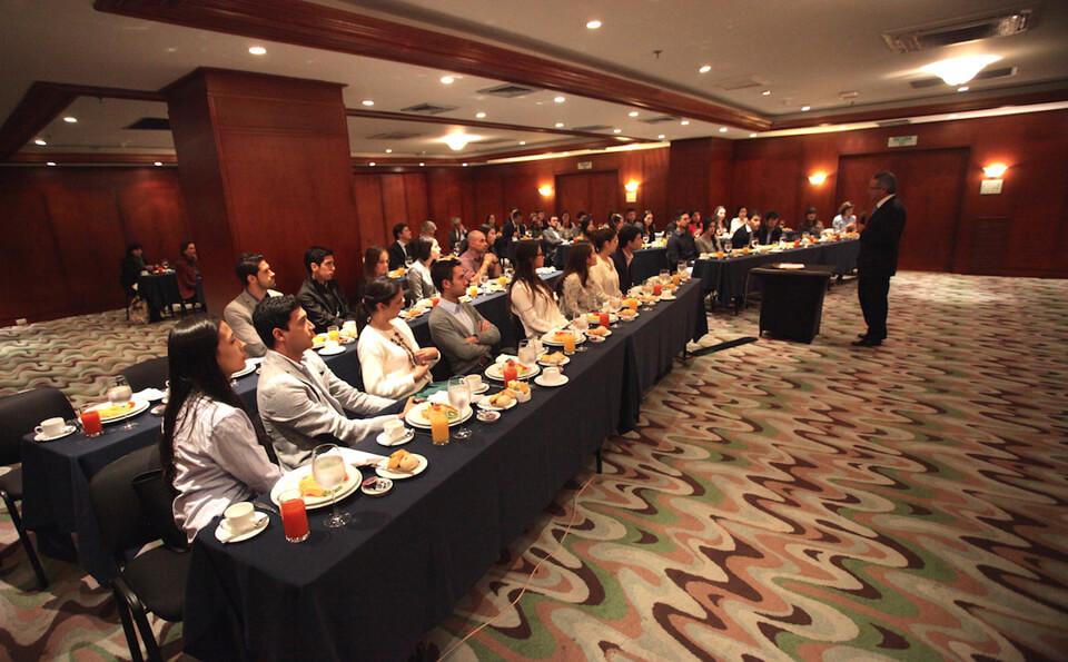 Foto desayuno graduandos