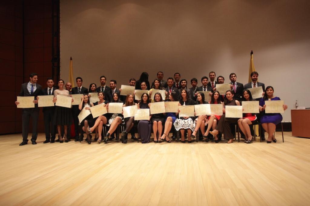 Foto graduandos facultad de medicina uniandes 2015-2