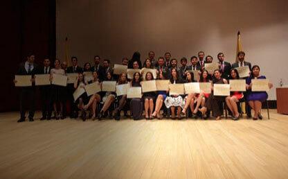 Entrega de diplomas grados medicina 2015-2