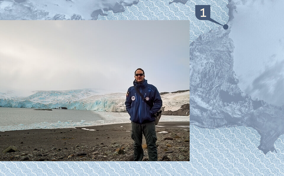 Graphic with a map indicating the point of the photo that accompanies the image, in the photo you see a man in the antarctica