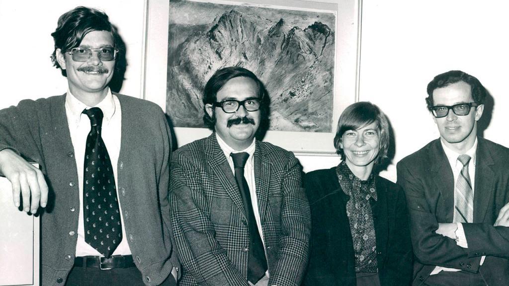 Profesores Paul Oquist, Gabriel Murillo, Dora Röthlisberger y Rodrigo Losada