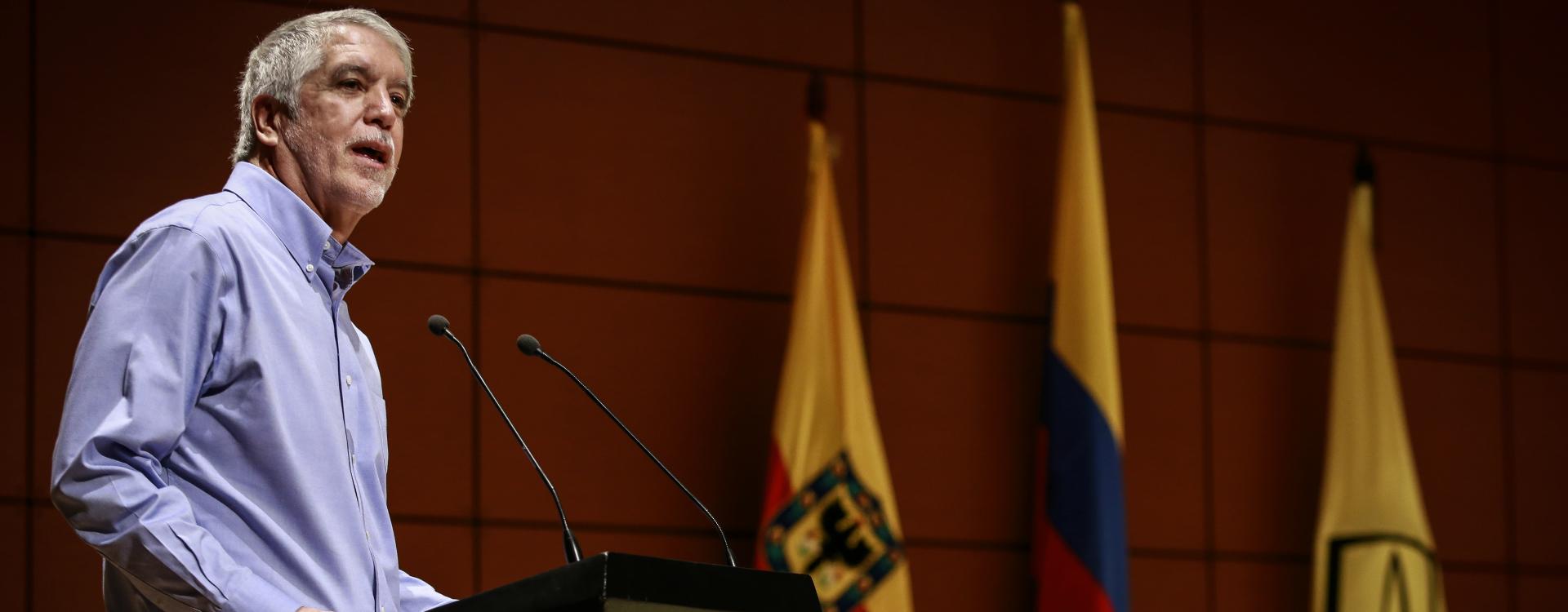 Enrique Peñalosa en Uniandes