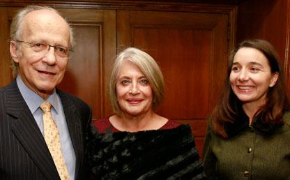 Manuel Rodríguez Becerra, Cecilia López y Claudia Ferrufino.