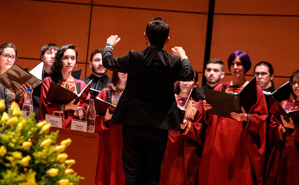 Coro Universidad de los Andes grados medicina 2016-2