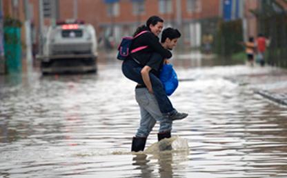 Inundaciones causadas por intensas lluvias