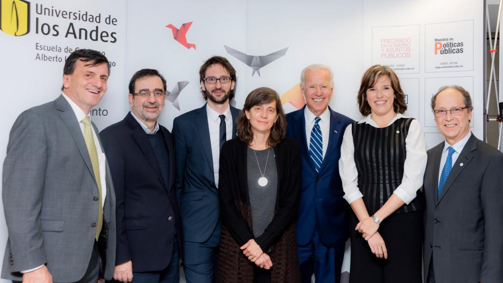 Eduardo Pizano, Hernando José Gómez, Florent Xavier René, Arlene Tickner, Joe Biden, Sandra Borda, Jaime Ruíz.