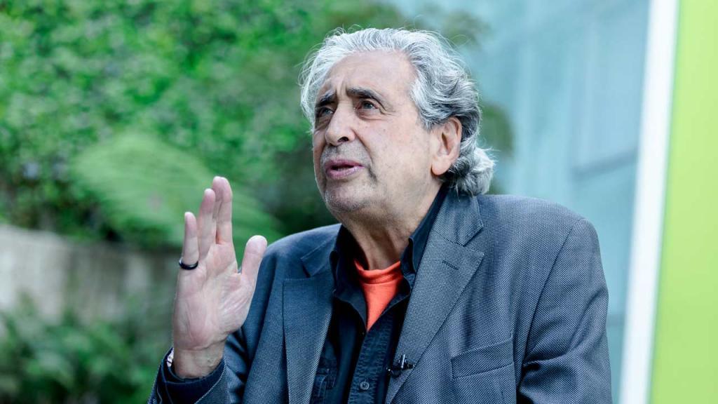 Jorge Eines, director de teatro y catedrático en interpretación.
