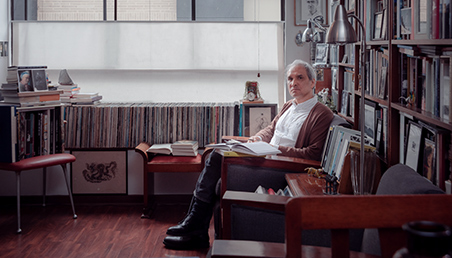 Julio Paredes, ganador del Premio Nacional de Novela 2020