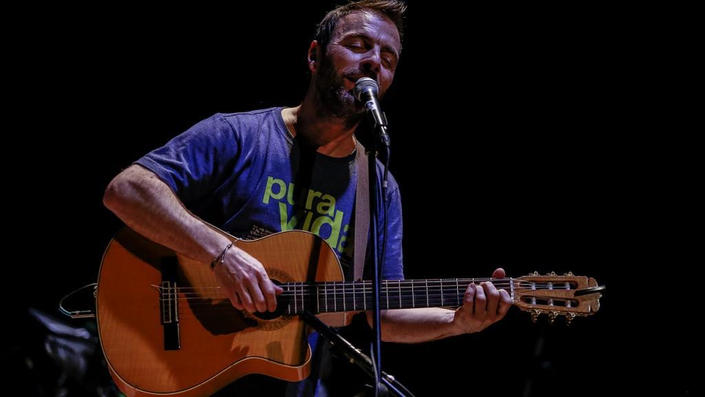 Kevin Andrew Johansen, cantante estadounidense nacionalizado argentino.