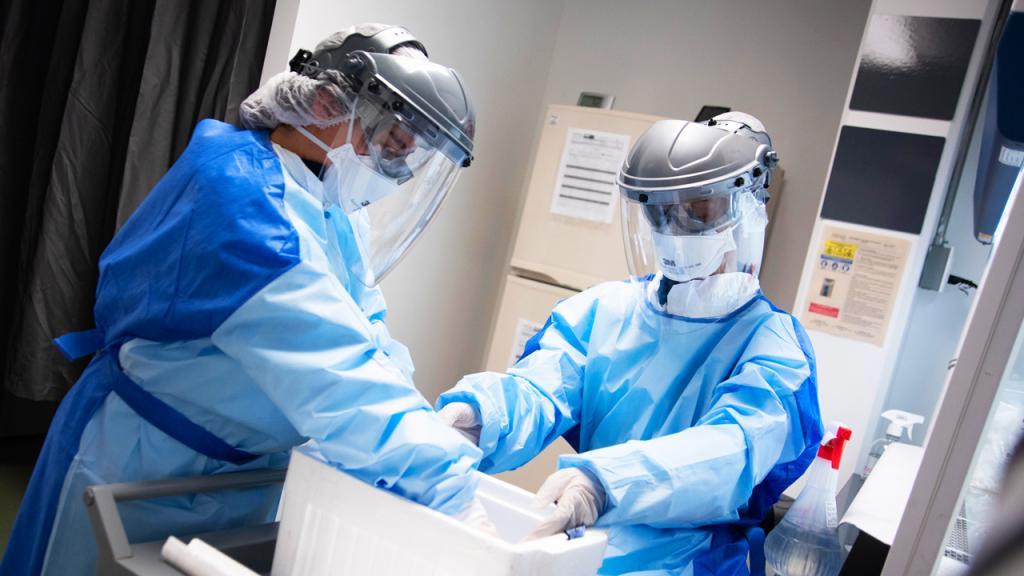 Foto del Laboratorio Diagnóstico de COVID-19 de la Universidad de los Andes