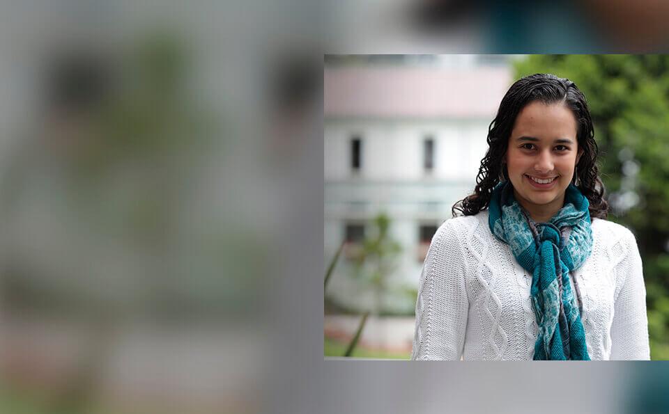Lina Maria Mancipe grado summa cum laude