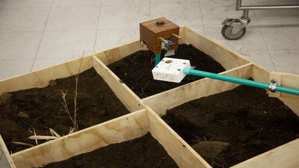 Prototipo de medición del suelo presentado en la Makeathon