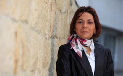 Maria Consuelo Burgos, decana estudiantes uniandes