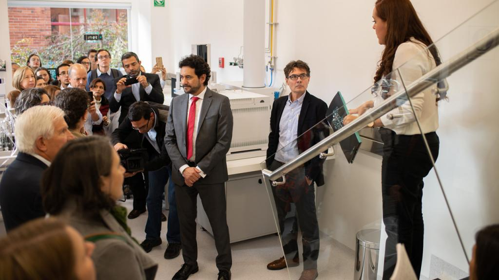 People at the metabolomics center