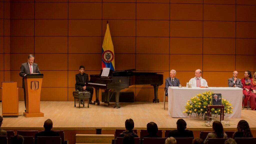 Misa ofrecida en honor a Francisco Pizano de Brigard en la Universidad de los Andes.