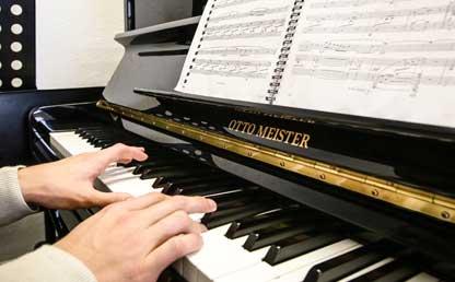 Acreditación de Alta Calidad al programa de Música
