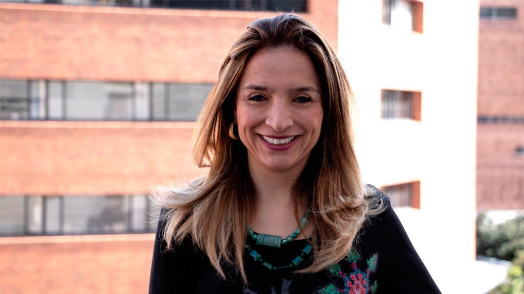 Retrato de Natalia Mejía, decana de la Facultad de Medicina