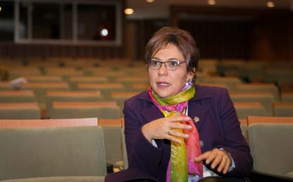Retrato de María Consuelo Burgos, decana de Estudiantes de Los Andes.