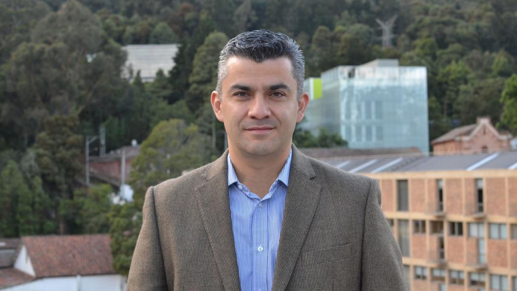 Retrato profesor Juan Pablo Casas