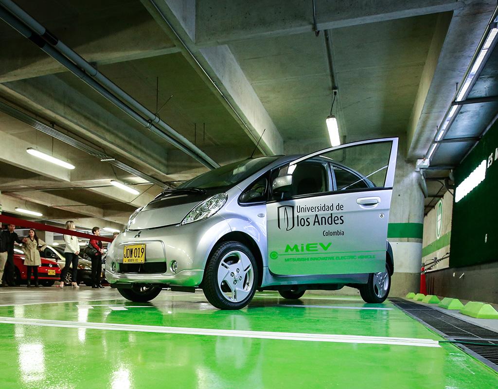 Uniandes y Mitsubishi crean una alianza verde
