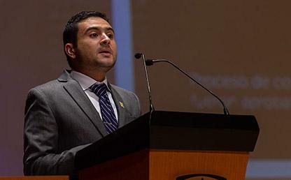 Carlos Mejía, graduando orador en la ceremonia de grados de Medicina 2019-2