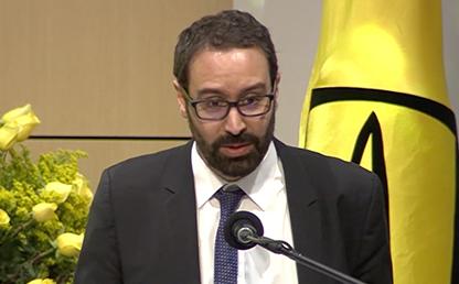 Foto en primer plano de Jerónimo Pizarro Jaramillo, orador invitado a la ceremonia de grados de pregrado 2019-2.