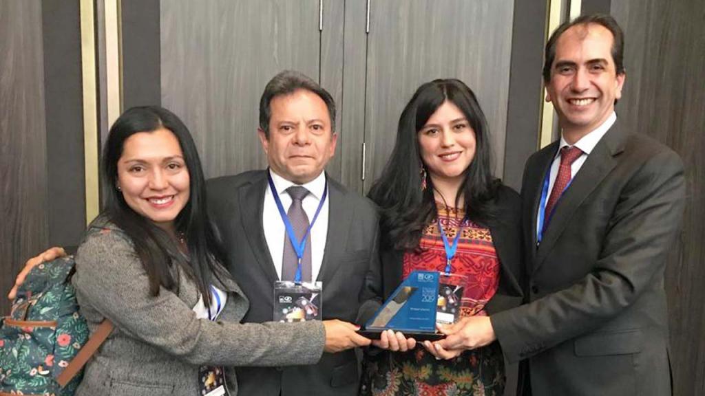 Universidad de los Andes recibe premio al trabajo seguro