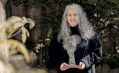 Luz Adriana Maya Restrepo, profesora de Historia fue reconocida por su investigación sobre África y Afrocolombia.