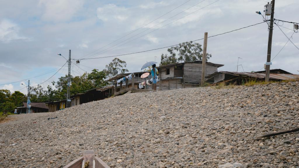 Casas al borde del río Atrato