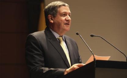 Dr Pablo Navas