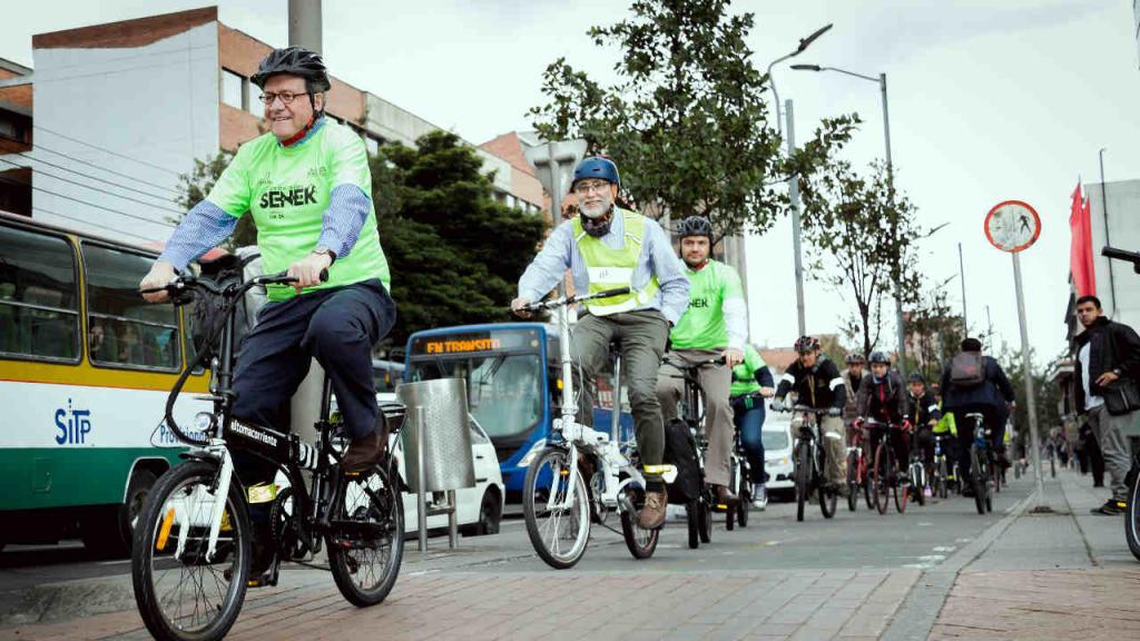 Caravana de bicicletas en Bogotá