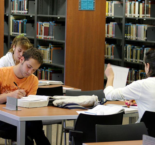 Servicios del Sistema de Bibliotecas Universidad de los Andes