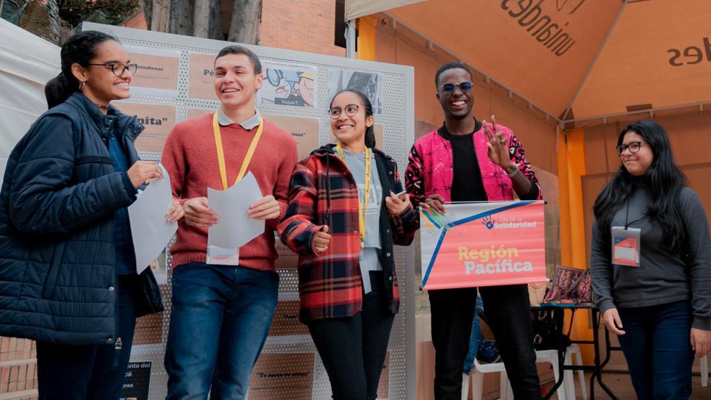 Uniandinos, parte de la celebración del Día de la Solidaridad