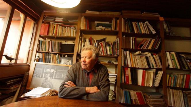 Germán Samper Gnecco en biblioteca
