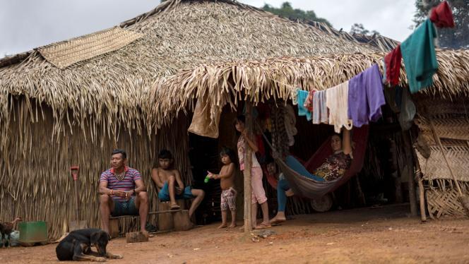 Foto de una comunidad indígena en el Amazonas
