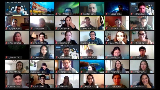 Imagen de un grupo de personas en videollamada