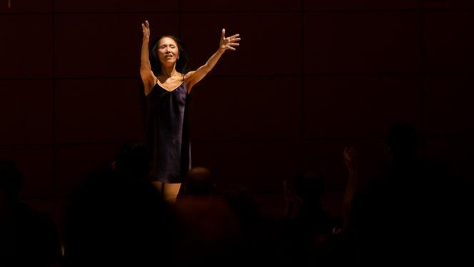 Foto de bailarina Minako Seki