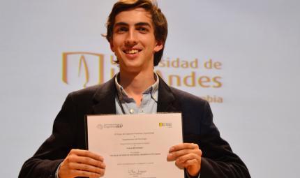 estudiante ganador mejor charla Posgrado