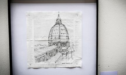 Cúpula de una iglesia, dibujada en servilleta.