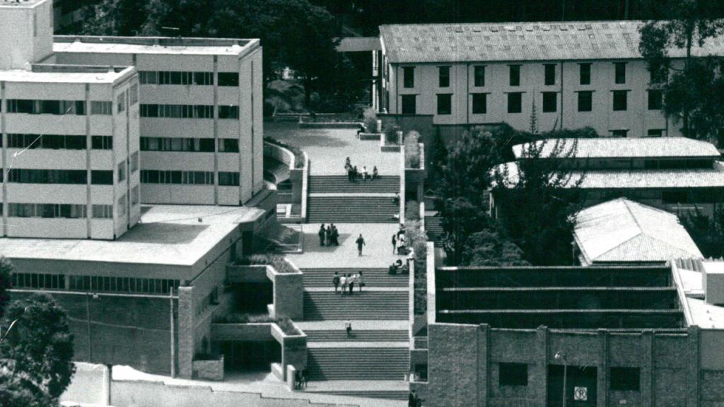 Antiguo Bloque W, Edificio Lleras, Galpón y Bloque B. Fotografía de Germán Téllez.