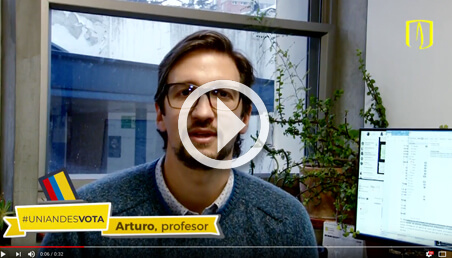 Imagen de profesor Harker de la Universidad de los Andes