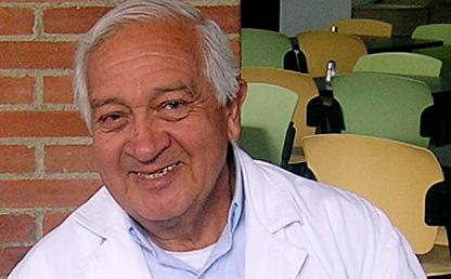 Enrique Villarraga, profesor Uniandes