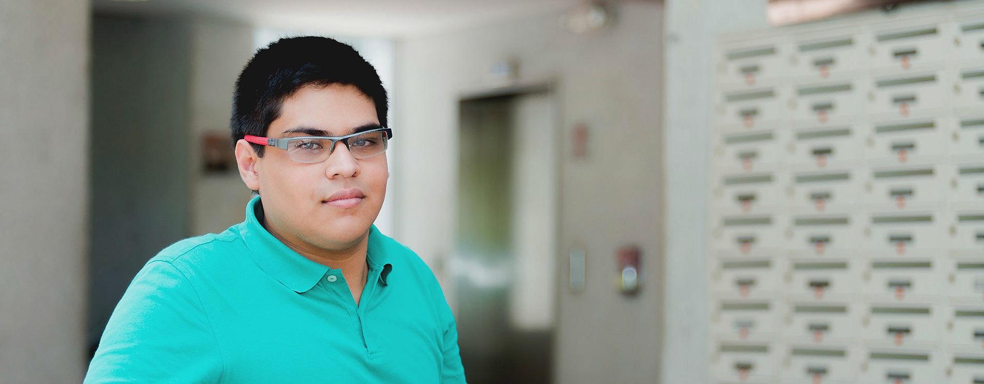 Juan Daniel Álvarez Cadena, estudiante de Los Andes, es uno de los beneficiarios del programa Quiero Estudiar.