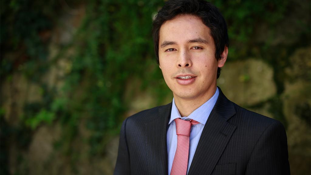 Retrato del profesor Wei-Maa Fredy Hung Varela