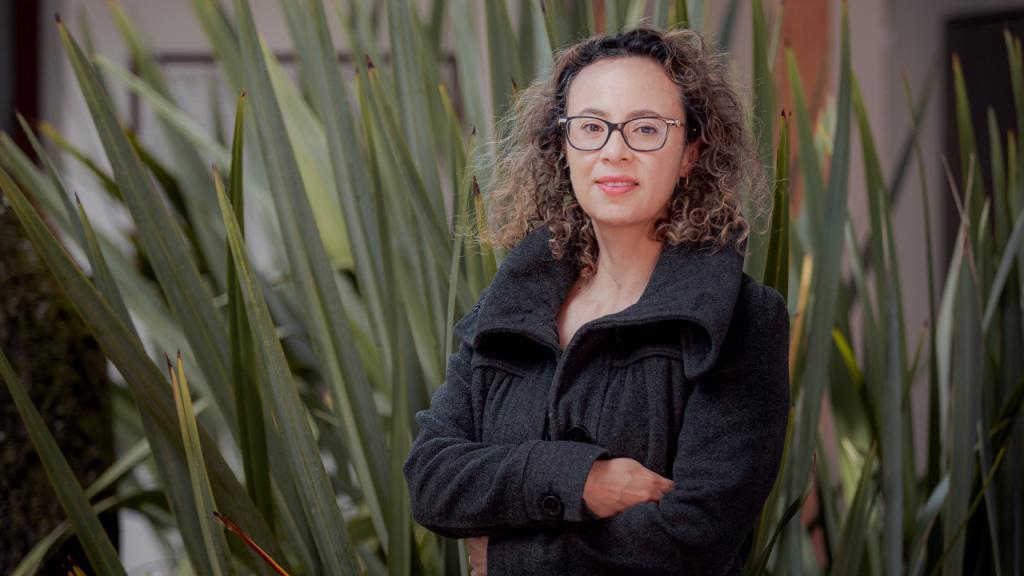 Foto de Yenny Rocío Hernández, vicedecana de investigaciones de Ciencias en Uniandes